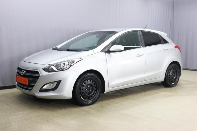 Gebrauchtfahrzeug Hyundai i30 - Passion blue 1.6 81kW Klimaanlage, Sitzheizung, Lenkradheizung, Freisprecheinrichtung, Licht&Regensensor, Innenspiegel automatisch abblendend, PDC hinten, 16 Zoll Stahl (8fach bereift), uvm.