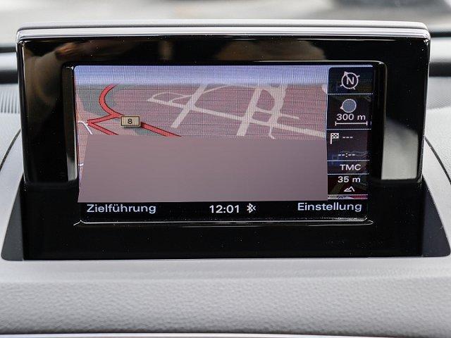 Audi Q3 2.0 TDI quattro S tronic AHK NAVI ALU Xenon
