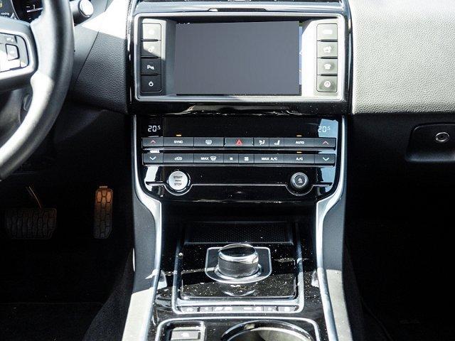 Jaguar XE Prestige 20d Navi Automatik Bremsass