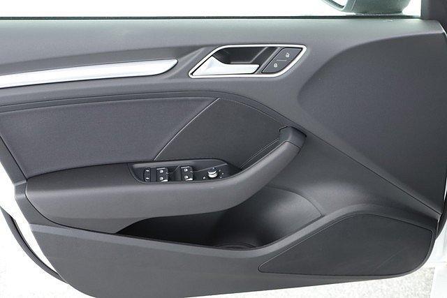 Audi A3 Limousine 35 TDI Sport 17 Zoll