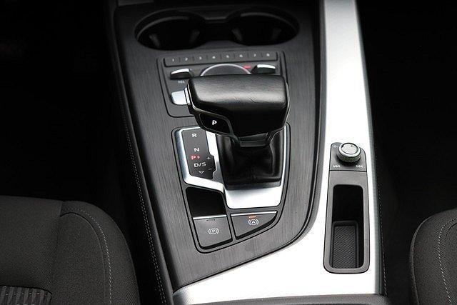 Audi A4 allroad quattro Avant 2.0 TDI S-tronic design Navi,Pano