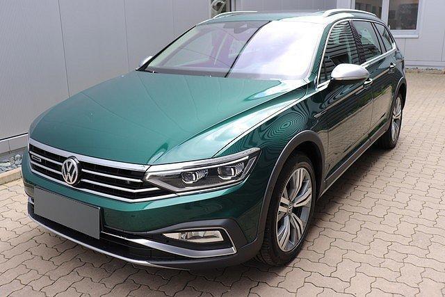 Volkswagen Passat Alltrack - 2.0 TDI 4M DSG Navi,Pano,AHK,Stand