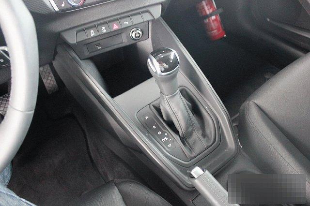 Audi A1 35 TFSI SPORTBACK S TRONIC LINE NAVI LED PDC LM17
