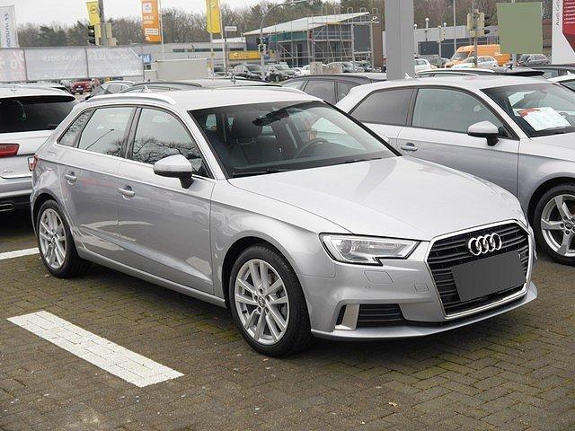 Audi A3 - Sportback 2.0 TDI Sport ACC Kessy Navi Xenon+