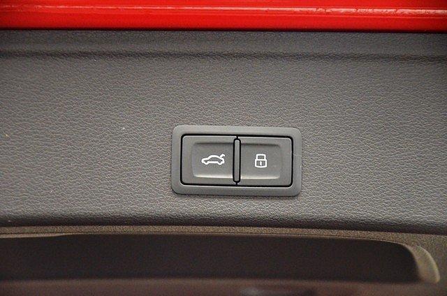 Audi A4 allroad quattro Avant 2.0 TDI 3x S line LED/Leder