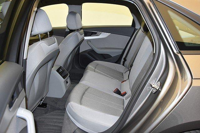 Audi A4 Limousine 30 TDI S-tronic advanced AHK/Connect/Navi