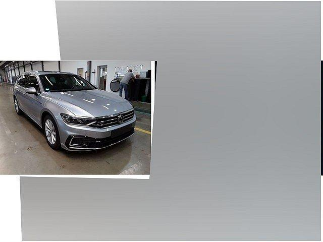 Volkswagen Passat Alltrack - Variant GTE 1.4 TSI DSG R line DCC Pano Sta