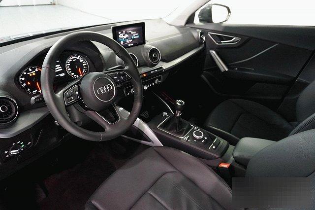 Audi Q2 30 TFSI SPORT NAVI LED SCHEINWERFER LM17
