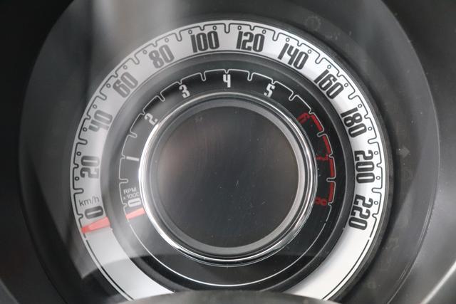 """1.0 GSE N3 500 Lounge BSG Hybrid 6GANG 687 Dipinto di Blu Blau 030 Stoff Prince of Wales Schwarz-Grau-Weiß/ Ambiente Schwarz / Farbe Türeinsatz Schwarz / Farben Armaturenbrett Wagenfarbe """"4MQ Sport Chrome line Lounge (Verchromte Seitenscheibenverkleidungen, verchromtes Auspuffende, verchromte Türgriffverkleidung, verchromte Stoßfängereinsätze, verchromtes Schaltzubehör) 803 Notrad 097 Nebelscheinwerfer 4M5 Seitenschutzleisten in Wagenfarbe inklusive Badges 665 Raucherpaket 06Q COMFORT PAKET (Rückbank mit geteilt umlegbarer Rückenlehne (50:50) + höhenverstellbarer Fahrersitz + Tasche auf der Rückseite des Beifahrersitzes + Fußmatten (2 Stück vorne) 508 Parksensoren hinten"""""""