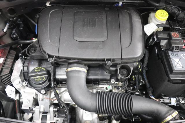 "500 MY21 1.0 GSE Hybrid HEY GOOGLE 51kW (70PS)695 - Pompei Grau 266 - Stoff ""Dots"" Schwarz, Ambiente Schwarz ""041, 06P, 0FE, 396, 415, 4GD, 5DP"""