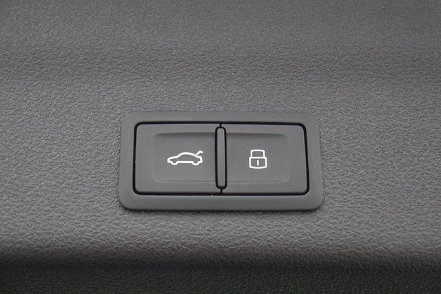 Audi A6 allroad quattro Avant 45 TDI Q Tip. Design Navi DAB 19 Zoll Kam