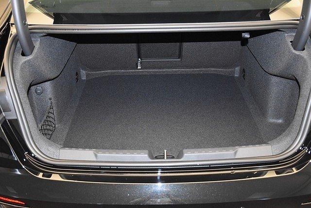 Audi A3 Limousine 35 TFSI S-tronic S Line Mild-Hybrid/L