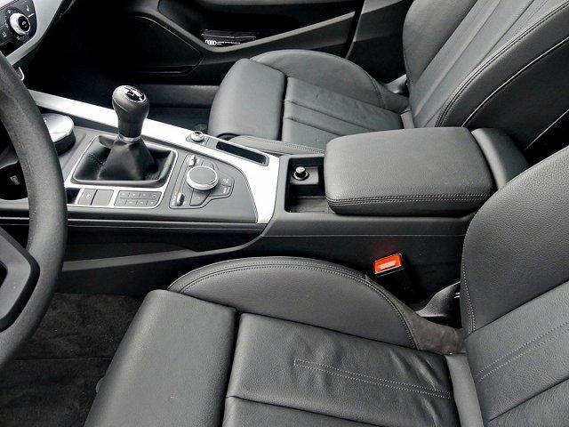 Audi A4 Avant 2.0 TDI Sportpaket Navi Keyless