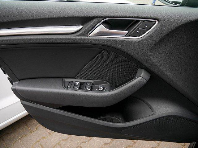 Audi A3 Sportback 1.5 TFSI S line ACC LED Navi