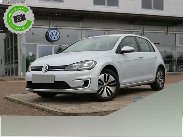 Volkswagen Golf - e-Golf 100 kw CLIMATRONIC+NAVI+LED+BLUETOOT