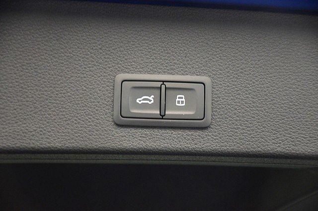 Audi Q2 1.4 TFSI S-Line AHK Vorb./Pano/LED/ACC/Navi/Led
