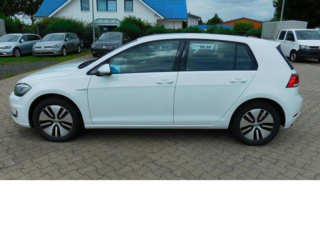 Volkswagen Golf - e- VII Comfortline Automatik 4Trg Navi
