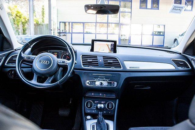 Audi Q3 *S-LINE*2.0 TDI quat S-TRO/PANO/NAV/KESSY/LED