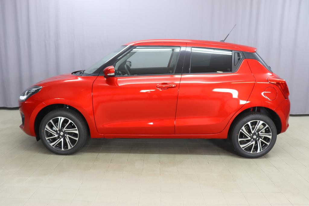 Suzuki Swift Hybrid 1,2 12V GLX AAC 5MT 4 WD ALLRADBurning RedStoff schwarz