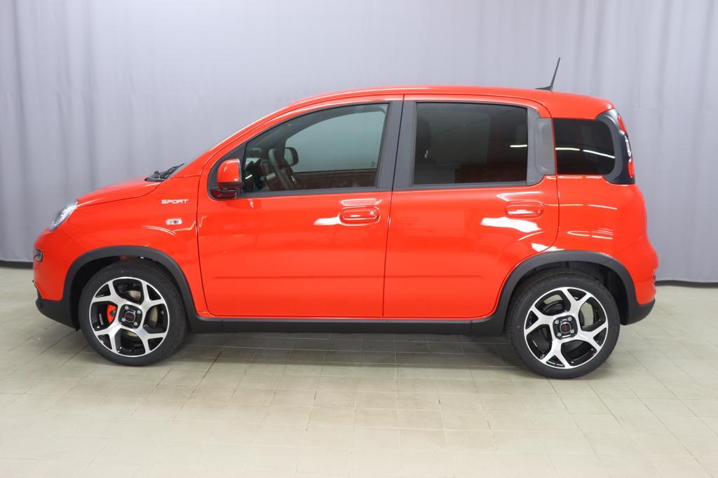 Panda Sport MY21 Sport Hybrid 1.0 GSE 51kw (70PS) E6D078 - Amore Rot879 - Stoff Dunkelgrau mit schwarzen Techno-Lederapplikationen und roten Nähten