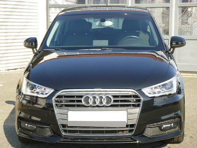 Audi A1 Sportback - TDI S-tronic +XENON+TEMPOMAT+NAVI