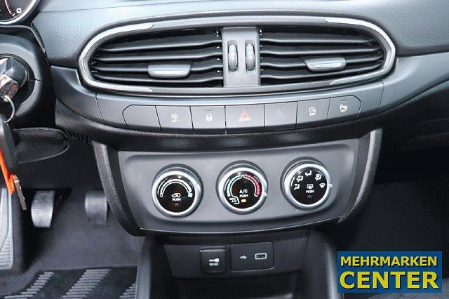 Fiat Tipo 5-Türer City Cross 1.0 LED APPLECAR/ANDROID RFK DAB