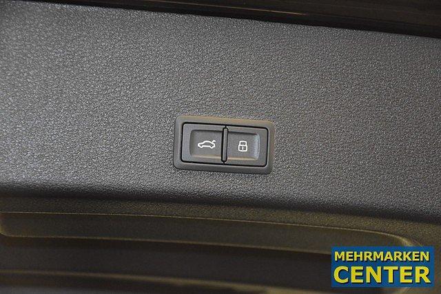 Audi e-tron 55 quattro Advanced Matrix/Leder Milano/Pan
