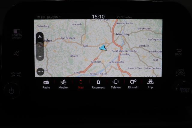 """Neuer Tipo Kombi TIPO Kombi Life 1.6 96kW (130PS)249 - Gelato Weiß 645 - Stoff Schwarz """"0X3 Park Paket: Parksensoren hinten und vorne, Rückfahrkamera 3WR Sicherheitspaket: Totwinkelassistent, Adaptiver Geschwindigkeitsbegrenzer, Notbremsassistent 7QC Uconnect™1 7"""""""" NAV Navigationssystem mit Europakarte und digitalem Audioempfang DAB GX4 Keyless Go 7Z0 Verstellbarer Laderaumboden Serie"""""""