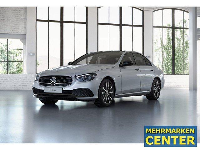Mercedes-Benz E-Klasse - E 300 de 4M Avantgarde BONUS ABC HUD Memo Pano S