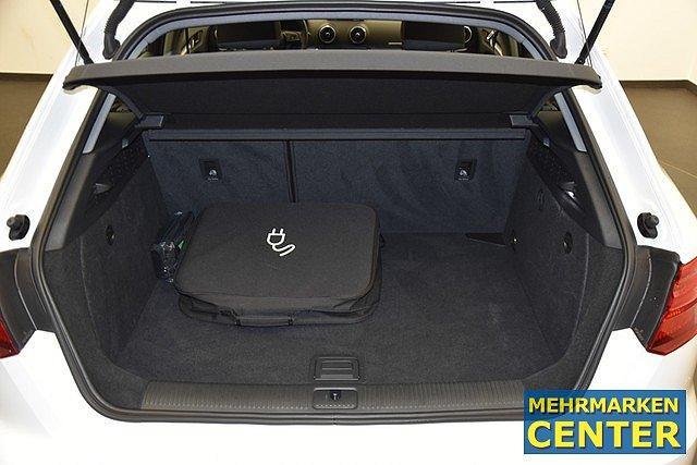 Audi A3 Sportback 40 TFSI e-tron S-tronic basis LED/Nav