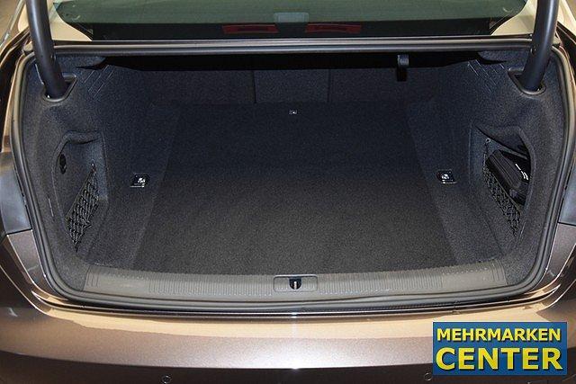 Audi A4 Limousine 3.0 TDI S-tronic design Xenon/Tempo/PDC/Navi