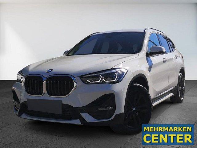 BMW X1 - xDrive18d Sport Line AHK Panorama Navi Komfortzugang Driving Ass Parking
