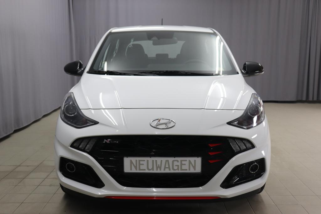 Hyundai i10 Twist N-Line T-GDI 1.0 74kWPolar WhiteStoff schwarz