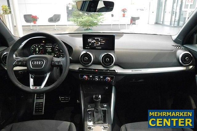Audi Q2 35 TFSI S tronic line Assist. Virtual MMI plus Pano BO