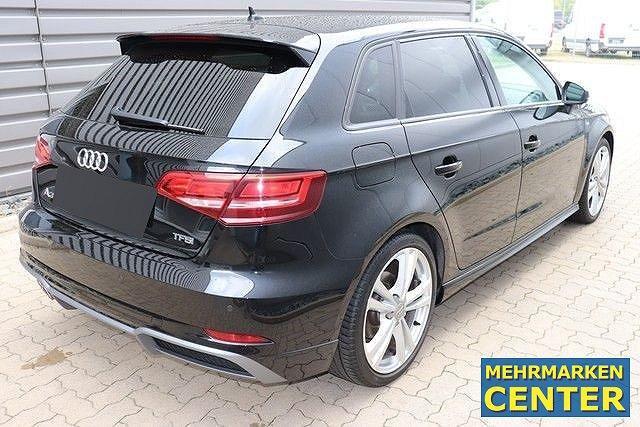 Audi A3 Sportback 1.5 TFSI S-tronic sport S-line Navi,AHK,Xenon,LM18