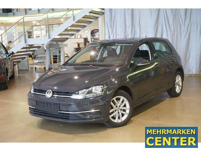 Volkswagen Golf - Comfortline 1.6 TDI Navi ACC SHZ PDCv+h