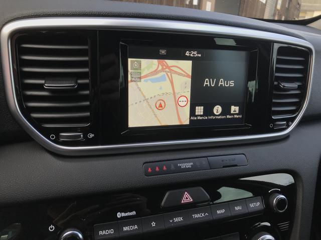 "Kia Sportage Vision Exclusive :NAVI+ LED+ 17""Alu+ Blue"