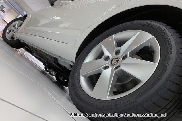 Skoda Octavia Combi AZM Style Edt.:SOFORT+ NAVI+ WinterPak+ Parkhilfe+ Klimaauto.