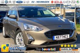 Ford Focus Limo 5D [Aktion!] - Titanium :Handy-NAVIGATION   SYNC3