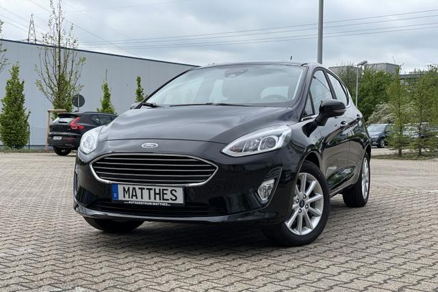 Lagerfahrzeug Ford Fiesta - Titanium : SOFORT  NAVIGATIONSFUNKTION   Klima