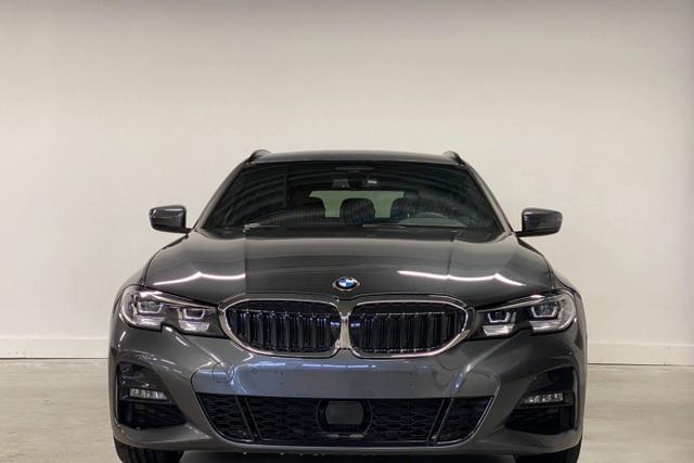 Gebrauchtfahrzeug BMW 3er - 330d Touring :M-Sport  NAVI  ParkAsst  Driving Assistant  E-Heck