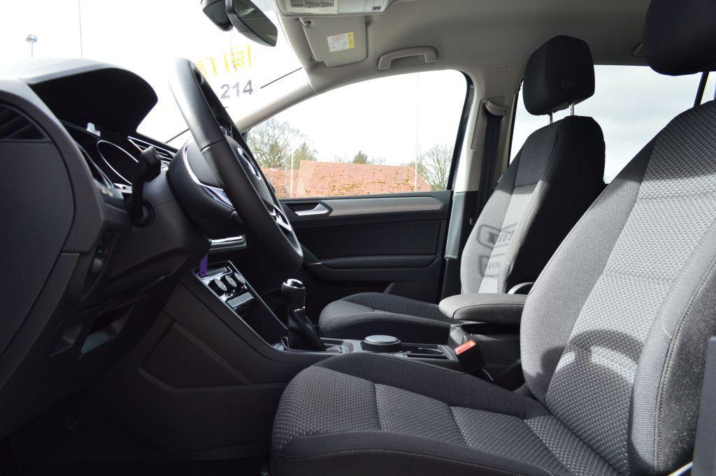 volkswagen touran 2 0 tdi bmt comfortline 7 sitzer navi pdc klimatr volkswagen eu neuwagen. Black Bedroom Furniture Sets. Home Design Ideas