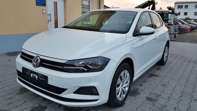 Der VW Polo steht für beeindruckende Sicherheit. Ein komfortables Fahrgefühl wird durch die hochwertige Innenraumgestaltung gewährleistet.