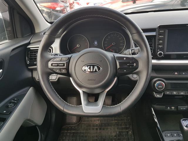 Kia / Stonic / Grau / Xl  /  /