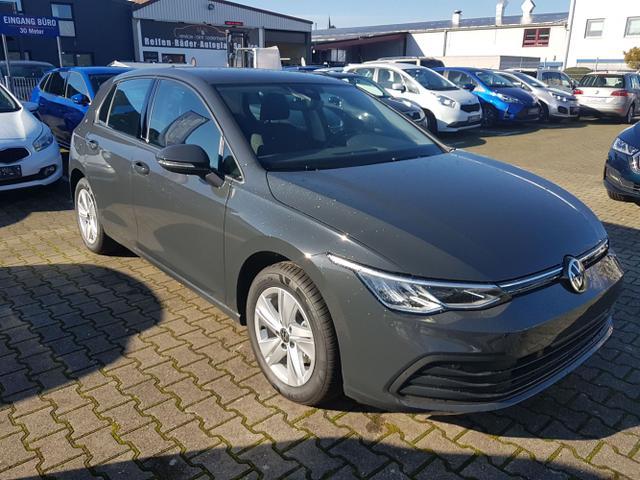 Volkswagen Golf - Life Winterpaket 3-Zonen Klima PDC Vorlauffahrzeug