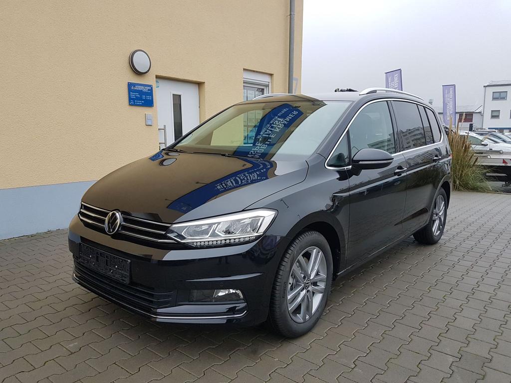 Volkswagen / Touran / Schwarz / Highline  /  /
