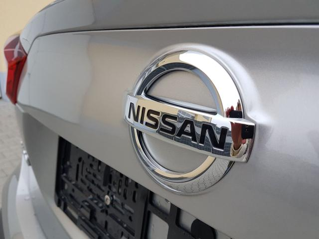 Nissan / Qashqai / Silber / Acenta /  /