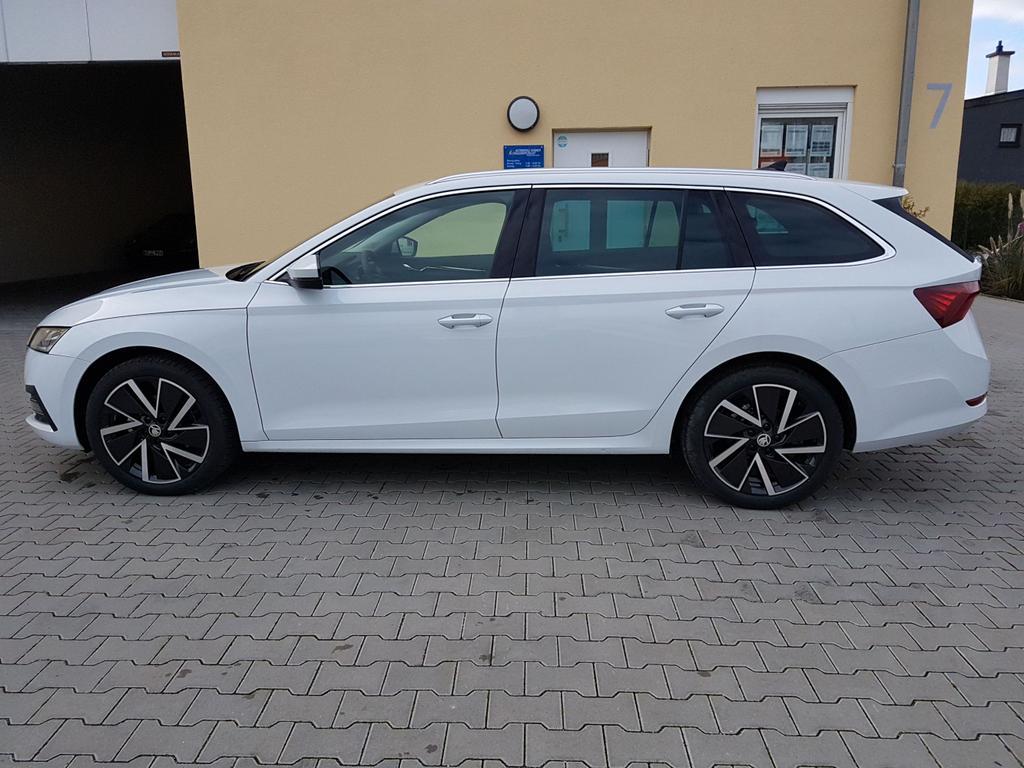 Skoda / Octavia / Weiß / Style  /  /