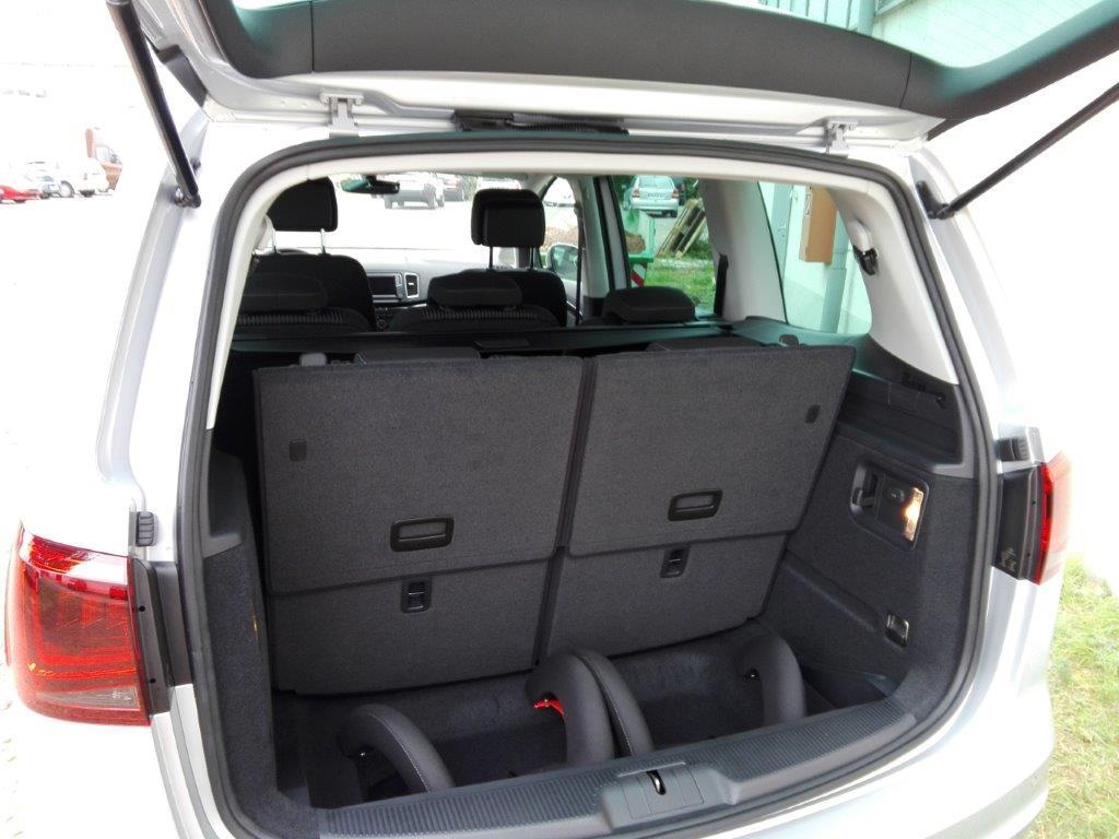 seat alhambra siete style 7 sitzer navi automobile kr mer. Black Bedroom Furniture Sets. Home Design Ideas