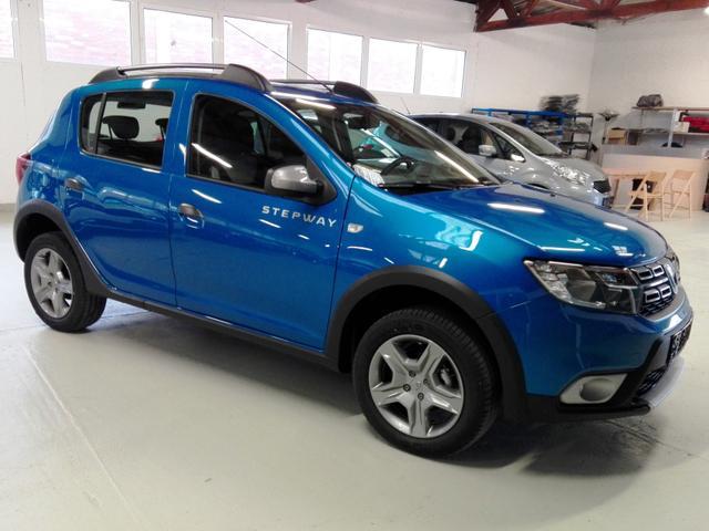 Dacia Sandero - Stepway Laureate + Navi, PDC, RCAM